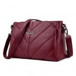 กระเป๋าสะพายข้าง V Shape สีไวน์แดง รุ่น BB0156