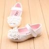 รองเท้าคัทชูเด็กหญิงสีขาวประดับพุ่มดอกไม้น่ารัก Size 21-25