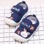รองเท้าคัชชูเด็กเล็ก สีน้ำเงินลายกระต่าย (เท้ายาว 10-13 ซม.) thumbnail 2