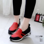 รองเท้าผ้าใบแฟชั่น เสริมส้น แบบ slip on ไร้เชือก แต่งลายตัดสีสวยเก๋สไตล์เกาหลี พื้นนุ่ม ส้นสูง 2.5 นิ้ว หนังนิ่ม ทรงสวย ใส่สบาย แมทสวยได้ทุกชุด (803)