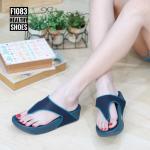 รองเท้าแตะแฟชั่น แบบหนีบ แต่งขอบสีไล่โทนสวยเรียบเก๋ พื้นซอฟคอมฟอตนิ่มสไตล์ฟิตฟลอบ ใส่สบายมาก แมทสวยได้ทุกชุด (F1083)
