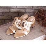 รองเท้าแฟชั่น ส้นสูง แบบสวม แต่งลายสไตล์แอร์เมส ทรงสวยเก็บหน้าเท้า ส้นสูงประมาณ 2.5 นิ้ว ใส่สบาย แมทสวยได้ทุกชุด