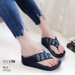 รองเท้าแตะแฟชั่น แบบหนีบ แต่งคลิสตัลลายซิกแซกสีไล่โทนสวยหรูเก๋มาก พื้นซอฟคอมฟอตนิ่มเพื่อสุขภาพ สไตล์ฟิตฟลอบ ใส่สบาย แมทสวยได้ทุกชุด (YT123)
