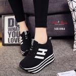 รองเท้าผ้าใบแฟชั่น เสริมส้น สไตล์เกาหลี แต่งลายข้างและลายส้นสวยเก๋ ทรงสปอร์ต สูง 4นิ้ว ทรงสวย ใส่สบาย แมทสวยได้ทุกชุด (SB1084)