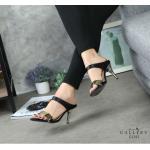รองเท้าแฟชั่น ส้นสูง แบบสวม แต่งอะไหล่ทองด้านหน้า ส้นเคลือบทอง สวยเรียบหรู หนังนิ่ม ทรงสวย ส้นสูงประมาณ 3 นิ้ว ใส่สบาย แมทสวยได้ทุกชุด (G1243)