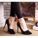 รองเท้าคััทชู ส้นสูง หนังเงาเมทัลลิคสวยเรียบหรู ทรงสวยเพรียว ส้นสูงประมาณ 5 นิ้ว แมทสวยโดดเด่นได้ทุกชุด
