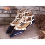 รองเท้าคัทชู ส้นแบน รัดข้อ หนังเงาแต่งหมุดสวยหรูสไตล์วาเลนติโน ใส่สบาย ทรงสวย แมทสวยได้ทุกชุด (FH-483)