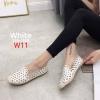 รองเท้าคัทชู ทรง slip on ฉลุลายวงกลมสวยเก๋น่ารัก ส้นแต่งเชือกถักสไตล์วินเทน หนังนิ่ม ใส่สบาย แมทสวยได้ทุกชุด (319-1188)