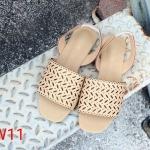 รองเท้าแตะแฟชั่น แบบสวม รัดส้น แต่งฉลุลายสวยเก๋ รัดส้นยางยืดกระชับเท้า ทรงสวย หนังนิ่ม ใส่สบาย แมทสวยได้ทุกชุด