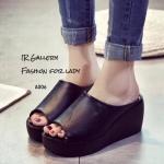 รองเท้าแฟชั่น ส้นเตารีด แบบสวม สไตล์ลำลองเรียบเก๋ดูดี วัสดุหนังนิ่มมาก พื้นนิ่มใส่สบายเท้า ส้นสูง 3 นิ้ว สวยคลาสสิคเรียบง่ายสามารถแมทซ์กับเสื้อผ้าได้หลากหลายชุด สี ดำ ขาว แมทสวยได้ทุกชุด (A006)