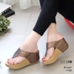 รองเท้าแฟชั่น ส้นเตารีด แบบหนีบ หนังเดินเส้นตารางแต่งอะไหล่จรเข้เรียบหรู หนังนิ่ม งานสวย ส้นสูง 3 นิ้ว ใส่สบาย แมทสวยได้ทุกชุด (1108)