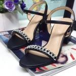 รองเท้าแฟชั่น ส้นสูง รัดส้น แต่งโซ่ด้านหน้าสวยเก๋ ทรงสวย ส้นสูงประมาณ 3 นิ้ว ใส่สบายมาก แมทสวยได้ทุกชุด