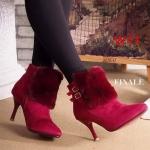 รองเท้าบูท หุ้มข้อ ส้นสูง แต่งเฟอร์ด้านหน้าสวยหรูดูไฮ ทรงสวย หนังนิ่ม ใส่สบาย ส้นสูงประมาณ 3.5 นิ้ว แมทสวยได้ทุกชุด