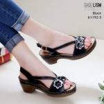 รองเท้าแฟชั่น ส้นเตี้ย แบบสวม รัดส้น แต่งดอกไม้น่ารักสวยเก๋ หนังนิ่ม พื้นนิ่มเพื่อสุขภาพเท้า งานสวย ส้นสูง 2.5 นิ้ว ใส่สบาย แมทสวยได้ทุกชุด (61192-3)