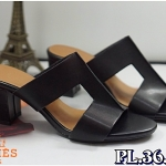 รองเท้าแฟชั่น ส้นสูง แบบสวม แต่ง H ด้านหน้าสไตล์แอร์เมสสวยเรียบเก๋ ทรงสวย หนังนิ่ม ส้นสูงประมาณ 2.5 นิ้ว ใส่สบาย แมทสวยได้ทุกชุด