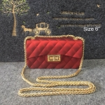 กระเป๋าแฟชั่น สไตล์ชาแนล 6 นิ้ว หนังเมทัลลิคแมต สวยอินเทรนด์ อะไหล่ทอง สายโซ่ทองเพิ่มความหรู สะพายสวยได้ทุกชุด