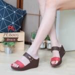 รองเท้าแฟชั่น ส้นเตารีด แบบคาด 2 ตอน แต่งหนังตัดสีสวยเก๋ อะไหล่จรเข้ ทรงสวย ส้นสูงประมาณ 2.5 นิ้ว ใส่สบาย แมทสวยได้ทุกชุด (PU6005)
