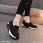 รองเท้าผ้าใบแฟชั่น ทรงเรียบเก๋ แบบไร้เชือก สวมสบาย กระชับเท้า เสริมพื้นประมาณ 1.5 นิ้ว ใส่สบาย ออกกำลังกาย ใส่เที่ยว แมทเก๋ได้ทุกชุด (16601)