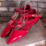 รองเท้าคัทชู ส้นแบน รัดข้อ หนังเงาแต่งหมุดสวยหรูสไตล์วาเลนติโน ใส่สบาย ทรงสวย แมทสวยได้ทุกชุด (FH-484)