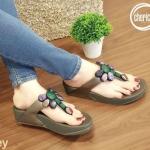รองเท้าแตะแฟชั่น แบบหนีบ แต่งหินคลิสตัลหลายสีสวยเก๋สไตล์โบฮีเมียน พื้นซอฟคอมฟอตนิ่มเพื่อสุขภาพ สไตล์ฟิตฟลอบ ใส่สบาย แมทสวยได้ทุกชุด (T124)