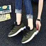 รองเท้าผ้าใบแฟชั่น สไตล์เกาหลีสวยเก๋ เนื้อผ้าอย่างดี เสริมส้นนิดหน่อย ใส่แล้วไม่มีเอ้าท์ สวมง่ายสบายเท้า พื้นยางเกาะถนนได้ดี เชือกปรับระดับได้ น่ารักงานคุณภาพ ใส่สบายแมทสวยได้ทุกชุด เขียวนวล