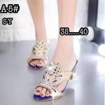 รองเท้าแฟชั่น ส้นสูง แบบสวม หนังฉลุลายแต่งคลิสตัลเพชรสวยหรู ส้นเคลือบเงา ใส่สบาย ทรงสวย แมทสวยได้ทุกชุด