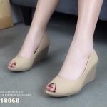 รองเท้าคัทชู ส้นเตารีด หนังนิ่มแบบเปิดนิ้วสวยเรียบเก๋ พื้นนวมนิ่ม สูง 7 cm งานขายดี ที่ใส่ได้ตลอด ดำ น้ำเงิน ครีม หนังนิ่ม ทรงสวย ใส่สบาย แมทสวยได้ทุกชุด (18068)