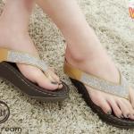 รองเท้าแตะแฟชั่น แบบหนีบ แต่งสายกลิสเตอร์เพชรสวยหรู พื้นนิ่ม ใส่สบายมาก แมทสวยได้ทุกชุด (V102)