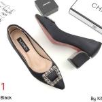 รองเท้าคัทชู ส้นเตี้ย แต่งอะไหล่เพชรคลิสตัลสวยหรู หนังนิ่ม ทรงสวย ส้นแต่งขอบเงา สูงประมาณ 2.5 นิ้ว ใส่สบาย แมทสวยได้ทุกชุด (K9059)