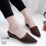 รองเท้าคัทชู เปิดส้น แต่งลายฉลุสวยเก๋มีสไตล์ หนังนิ่ม ทรงสวย ส้นสูง 1.5 นิ้ว ใส่สบาย แมทสวยได้ทุกชุด (9359-7)