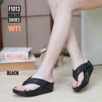 รองเท้าแตะแฟชั่น แบบหนีบ แต่งเพชรสวยหรู พื้นซอฟคอมฟอตนิ่มสไตล์ฟิตฟลอบ ใส่สบายมาก แมทสวยได้ทุกชุด (F1013C)