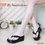 รองเท้าแฟชั่น แบบหนีบ ส้นมัฟฟิน แต่งดอกกุหลาบด้านข้างสวยหวาน ใส่สบาย แมทสวยได้ทุกชุด (M1813)