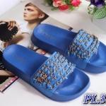 รองเท้าแตะแฟชั่น แบบสวม แต่งโซ่ร้อยหนัง อะไหล่ CC สไตล์ชาแนลสวยเก๋ พื้นยางนิ่มยืดหยุ่น วัสดุอย่างดี ทรงสวย ใส่สบาย แมทสวยได้ทุกชุด