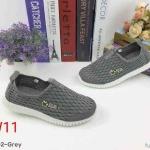รองเท้าผ้าใบแฟชั่น แบบไร้เชือก สวยเรียบเก๋อินเทรนด์ วัสดุอย่างดี ผ้านิ่มกระชับเท้าแต่งตาข่ายระบายอากาศดี ทรงสวย พื้นยางยืดหยุ่น ใส่สบาย ใส่เที่ยว ออกกำลังกาย แมทสวยเท่ห์ได้ทุกชุด (CW53002)