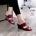รองเท้าแฟชั่น ส้นเตารีด แบบสวม ดาดหน้า 2 ตอนเรียบเก๋ หน้าเรียวเก็บหน้าเท้า หนังนิ่ม ทรงสวย ใส่สบาย สูง 2.5 นิ้ว แมทสวยได้ทุกชุด (915-82)