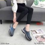 รองเท้าผ้าใบแฟชั่น แบบไร้เชือก สวยเรียบเก๋อินเทรนด์ วัสดุอย่างดี ผ้านิ่มกระชับเท้าแต่งตาข่ายระบายอากาศดี ทรงสวย พื้นยางยืดหยุ่น ใส่สบาย ใส่เที่ยว ออกกำลังกาย แมทสวยเท่ห์ได้ทุกชุด (2026)