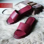 รองเท้าแตะแฟชั่น แบบสวม ดีไซน์โมเดิร์น วัสดุหนังสังเคราะห์นุ่มสวยเรียบหรูสวมใส่สบาย พื้นนิ่ม หนังนิ่ม ใส่สบาย แมทสวยได้ทุกชุด (C31-121)