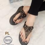 รองเท้าแตะแฟชั่น แบบหนีบ แต่งดอกไม้ด้านหน้าสวยน่ารัก พื้นบุลายโซฟาหนานุ่ม ใส่สบายมาก แมทสวยได้ทุกชุด (T111)