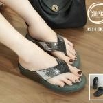 รองเท้าแตะแฟชั่น สวยหรู แบบหนีบแต่งเพชรกลิตเตอร์ไล่โทนสีสวยวิ้ง พื้นบุลายโซฟา หนานุ่ม ใส่สบายมาก แมทสวยได้ทุกชุด (A314)