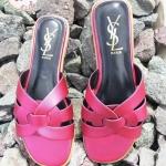 รองเท้าแตะแฟชั่น แบบสวม ลายสไตล์อีฟแซง หนังนิ่ม พื้นนิ่ม ใส่สบาย แมทสวยได้ทุกชุด