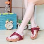 รองเท้าแตะแฟชั่น แบบหนีบ แต่งลายตารางสวยเก๋ พื้นซอฟคอมฟอตนิ่มสไตล์ฟิตฟลอบ ใส่สบายมาก แมทสวยได้ทุกชุด (F1065)