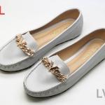 รองเท้าคัทชู ทรง loafer แต่งอะไหล่ทองสวยหรู สไตล์ LV หนังนิ่ม พื้นนิ่ม งานสวย ใส่สบาย แมทสวยได้ทุกชุด