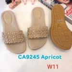 รองเท้าแตะแฟชั่น แบบสวม แต่งอะไหล่ดอกไม้สวยหรูน่ารัก หนังนิ่ม พื้นนิ้ม ทรงสวย ใส่สบาย แมทสวยได้ทุกชุด (CA9545)
