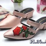 รองเท้าคัทชู เปิดส้น แต่งลายกุหลาบสวยเก๋ ทรงสวย หนังนิ่ม ใส่สบาย ส้นสูงประมาณ 2 นิ้ว แมทสวยได้ทุกชุด
