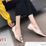 รองเท้าคัทชู ส้นเตี้ย หนังบุซาตินแต่งอะไหล่สวยหรูสไตล์แบรนด์ ทรงสวย หนังนิ่ม ใส่สบาย ส้นสูงประมาณ 1 นิ้ว แมทสวยได้ทุกชุด (K9069)