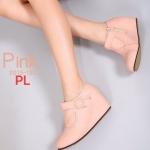 รองเท้าบูทสั่น ส้นเตารีด แต่งลายเข็มขัดด้านข้างสวยน่ารัก ซิปข้าง ใส่ง่าย หนังนิ่ม เสริมส้นด้านในสูงประมาณ 2.5 นิ้ว ใส่สบาย แมทสวยได้ทุกชุด (2013-132)