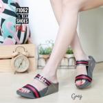 รองเท้าแตะแฟชั่น แบบสวม 2 ตอน แต่งคาดแถบสีและอะไหล่ GG สไตล์กุชชี่สวยเก๋ พื้นซอฟคอมฟอตนิ่มสไตล์ฟิตฟลอบ ใส่สบายมาก แมทสวยได้ทุกชุด (F1062)