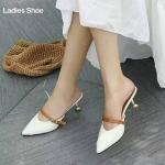 รองเท้าคัทชู เปิดส้น แต่งคาดสายหนังแบบเข็มขัดปรับความกระชับได้ แบบสวยส้นสูง 2.5 นิ้ว หนังนิ่ม ทรงสวย ใส่สบาย แมทสวยได้ทุกชุด (A708)