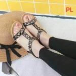 รองเท้าแตะแฟชั่น รัดส้น แบบสวม แต่งอะไหล่สวยหรู พื้นนิ่ม รัดส้นยางยืดนิ่มกระชับเท้า ทรงสวย ใส่สบาย แมทสวยได้ทุกชุด
