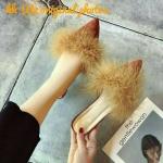 รองเท้าคัทชู เปิดส้น แต่งเฟอร์ฟูนุ่มสวยหรู อินเทรนด์ ทรงสวยเก็บเท้าเรียว ส้นสูงประมาณ 2.5 นิ้ว ใส่สบาย แมทสวยได้ทุกชุด